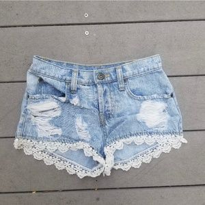 LF Carmar Lace Embroidered Shorts size 25